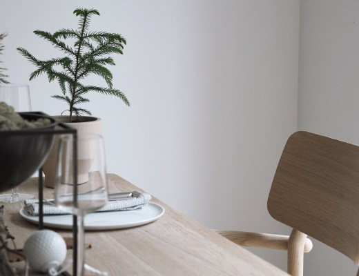 my Scandinavian Christmas table ; Hannah in the house