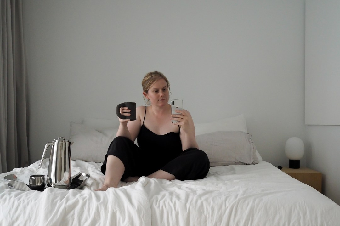 morning routine, coffee in bed