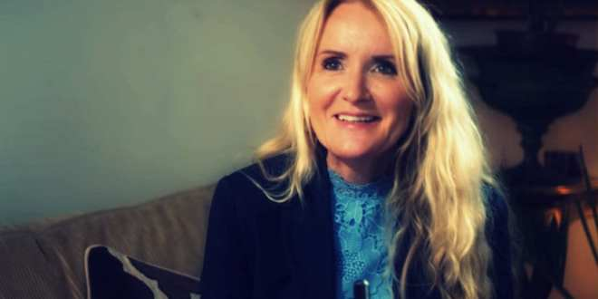 Intervju med sexolog og familieterapeut, Beate Alstad om hvordan ha et spennende parforhold, Herland Report