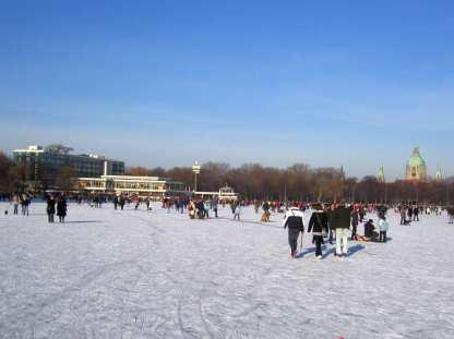 Zugefrorener See 2009