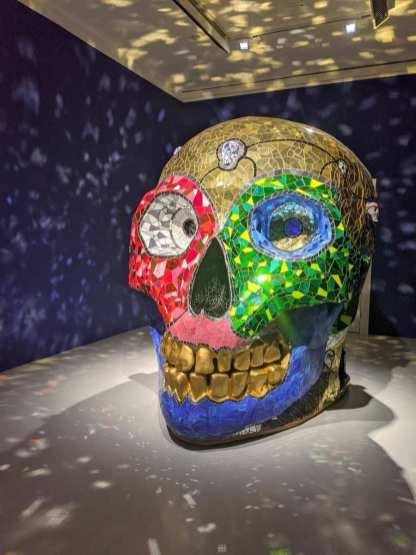 Totenkopf von Niki de Saint Phalle