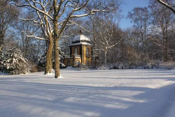 Winter auf dem Bergfriedhof