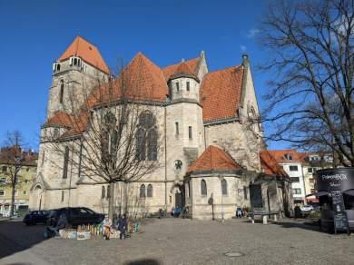 Beliebter Kirchplatz in der Nordstadt