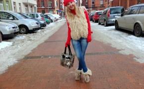 Primark vest & Levis jeans