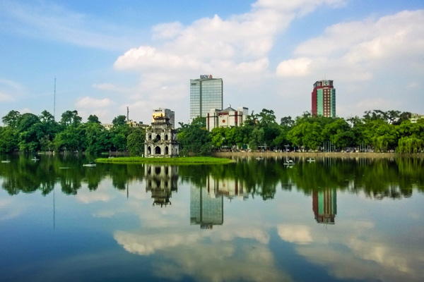 hanoi attractions - guom lake