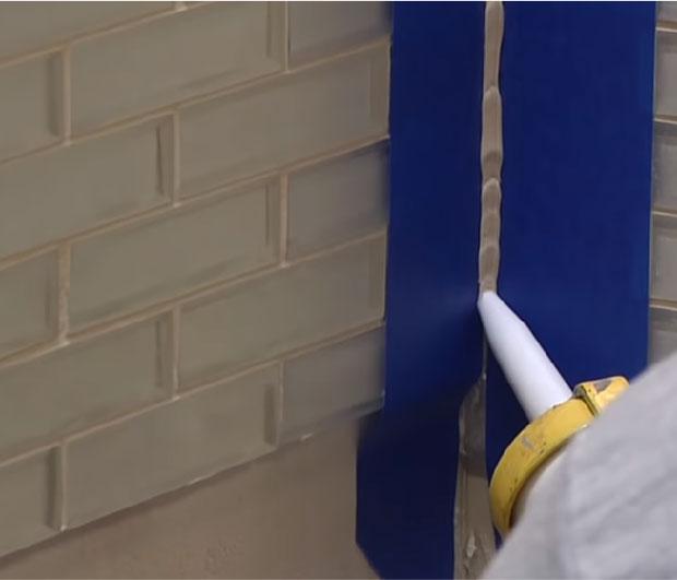 to install glass tile backsplash