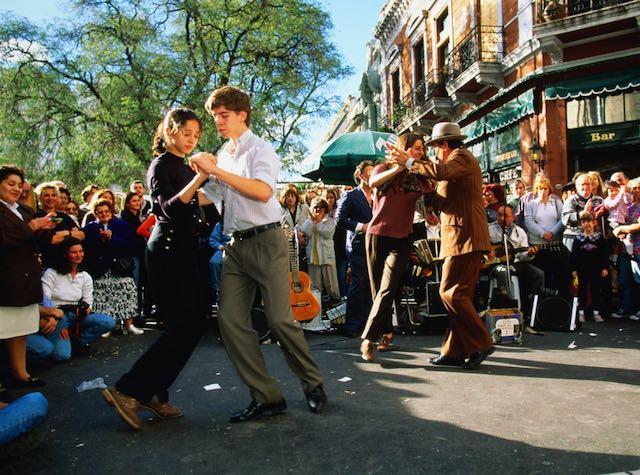 Argentina Street Tango medium