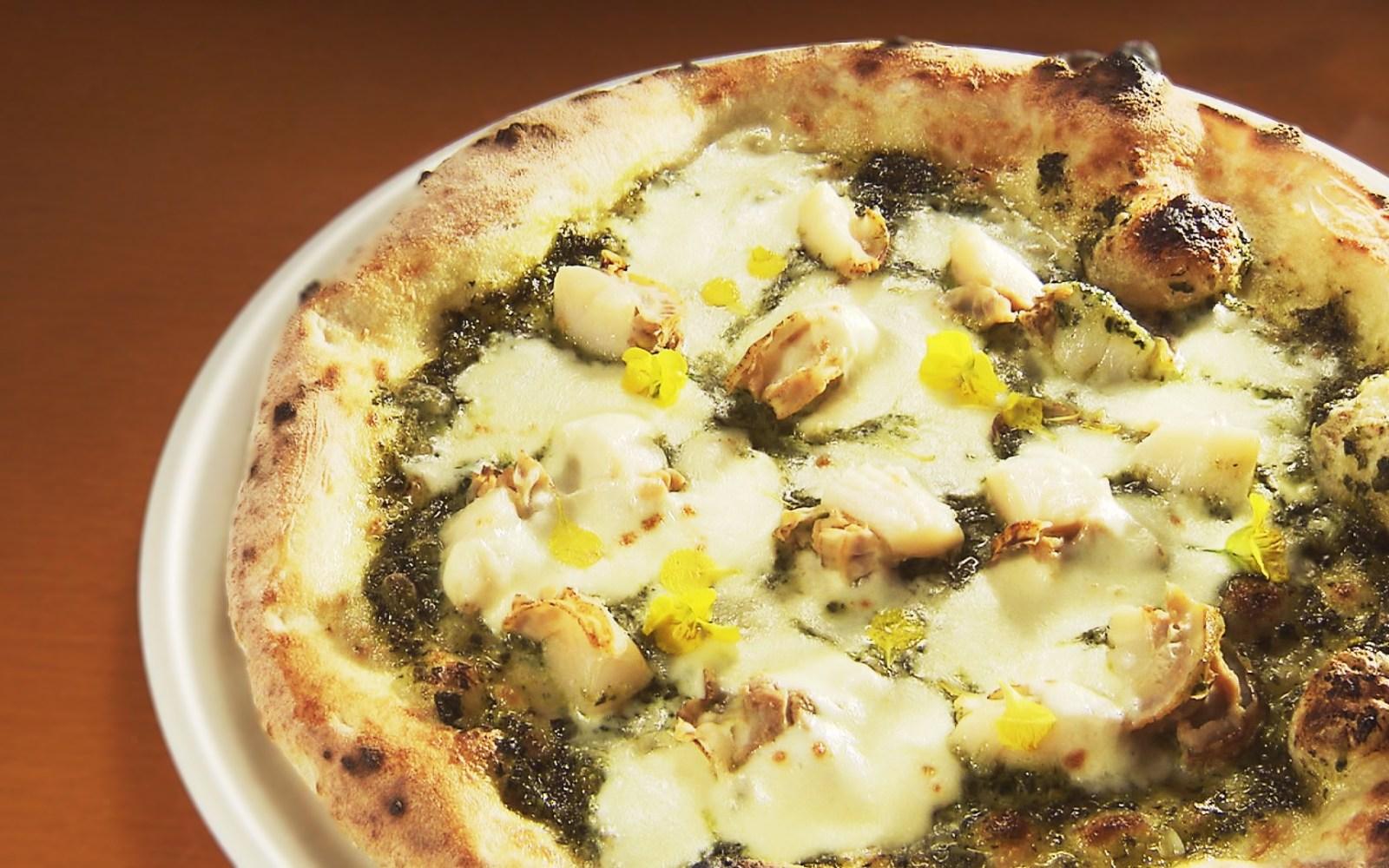 5月限定!地元食材たっぷり使用した菜の花がかわいい絶品ピザ