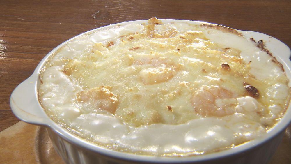 バターたっぷり自家製ソース