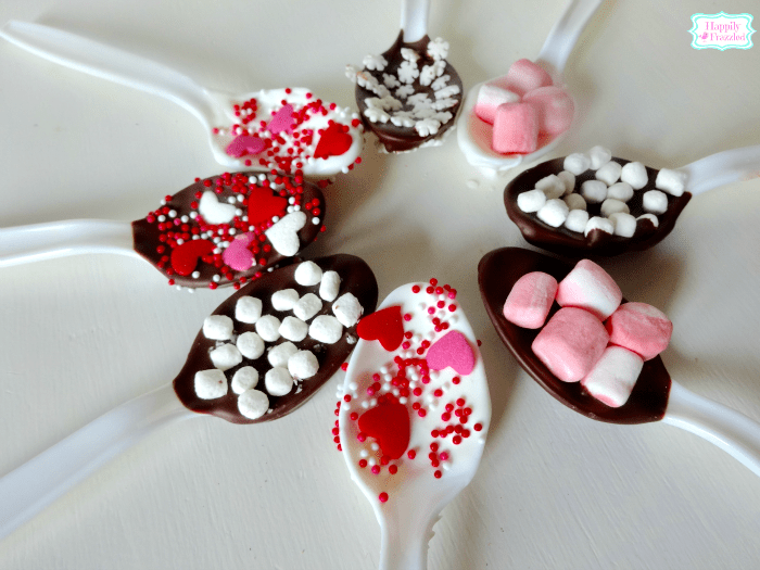 Chocolate Dipped Spoons | HappilyFrazzled.com