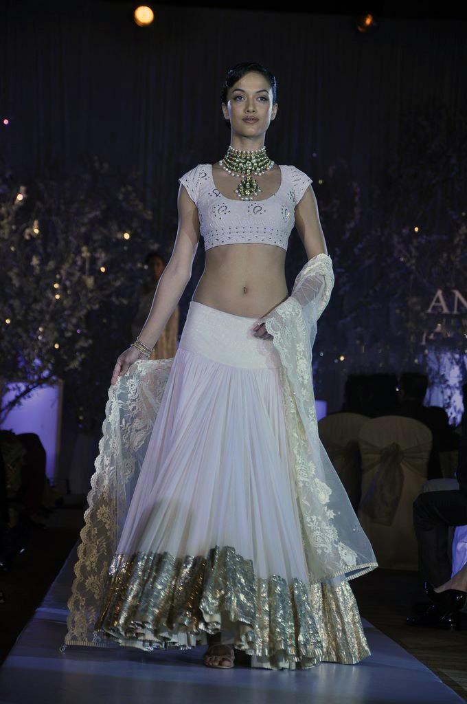 White_Lehenga_for_Wedding