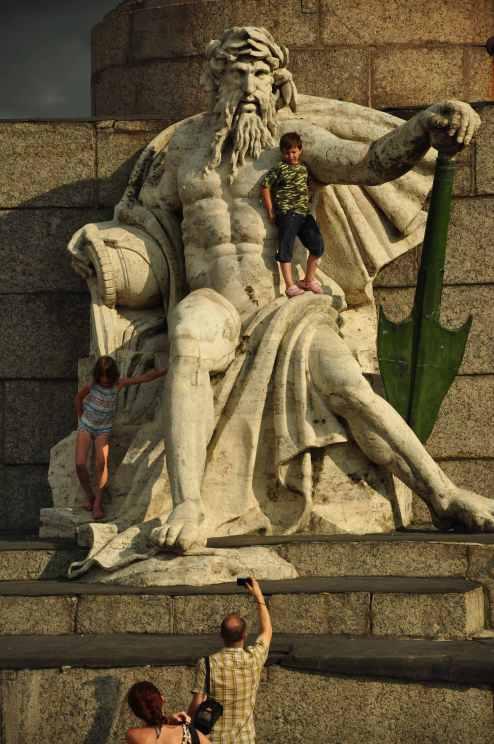 Petersburg-monuments