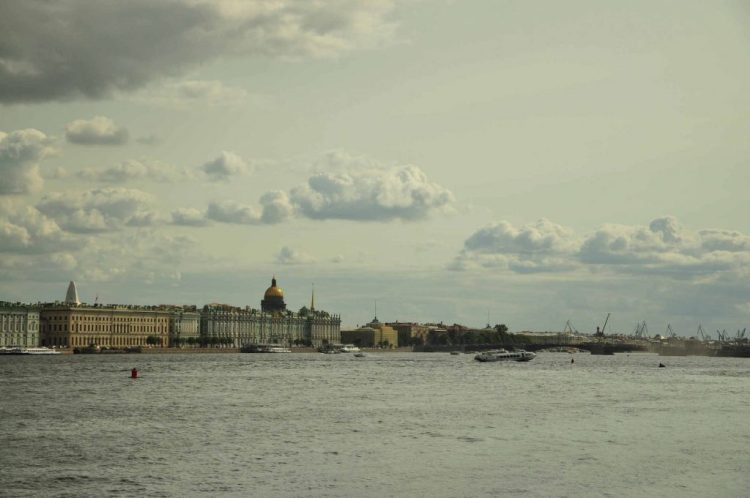 neva-river-day