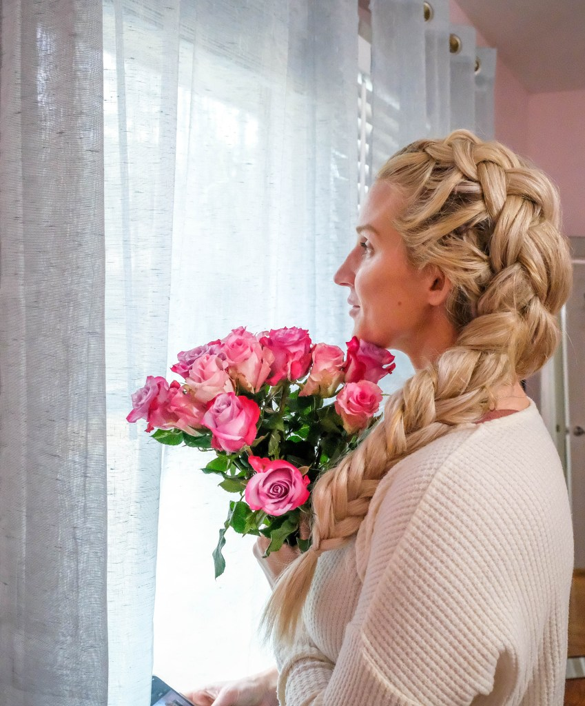 Curious how to do a dutch braid? Popular Atlanta Blogger Happily Hughes is sharing her top tips to perfecting the dutch braid in a flash!
