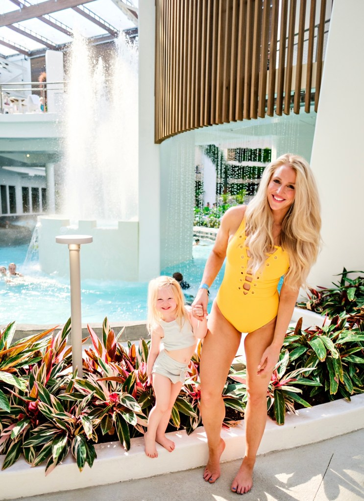 Popular Atlanta lifestyle blogger Happily Hughes shares her April Stories with you in this latest post. Click here now to check it out!