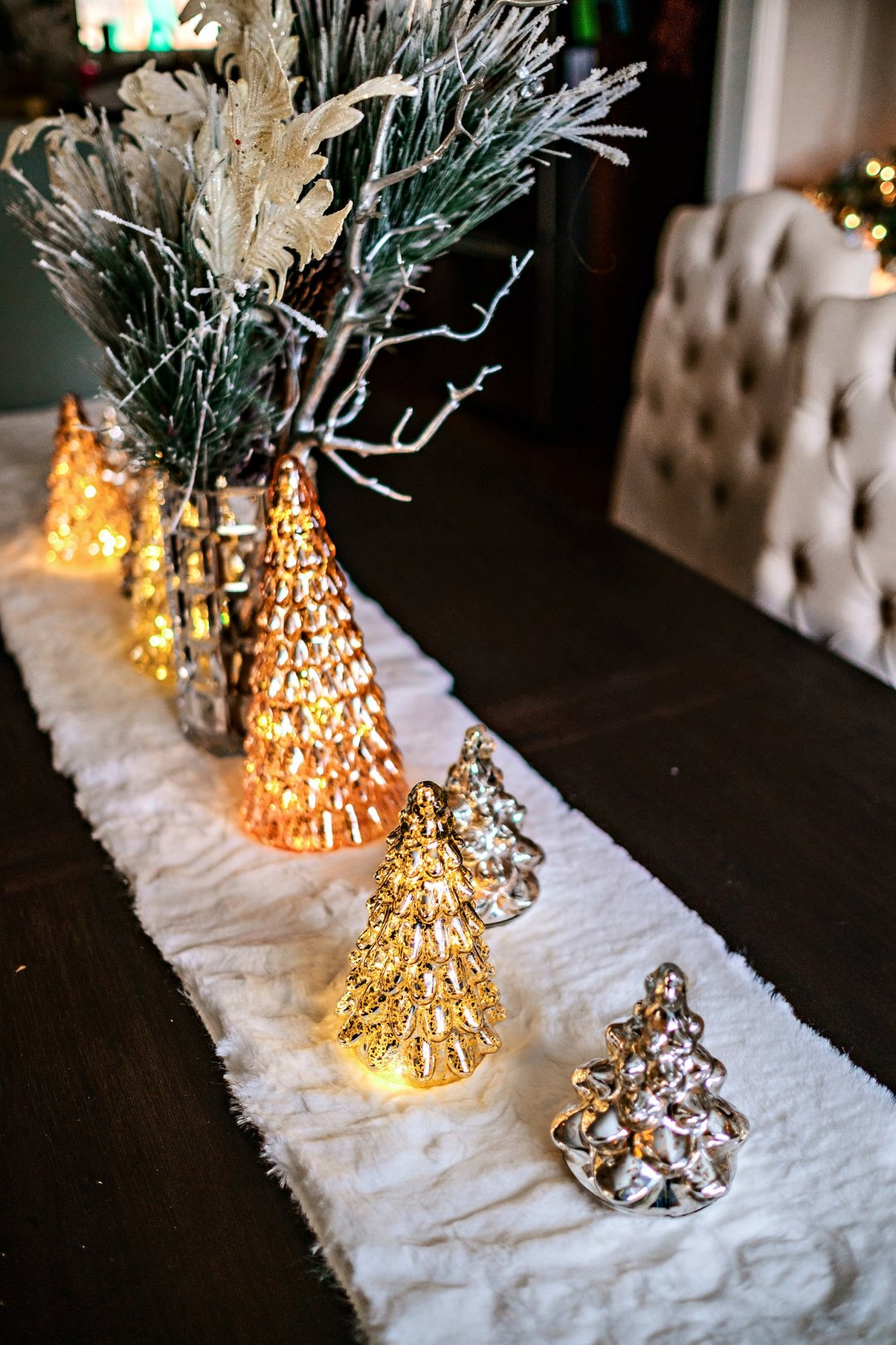 Looking for the best Christmas decor? Popular Atlanta Blogger Happily Hughes is sharing her favorite Christmas decor with Wayfair. Click to see it HERE!