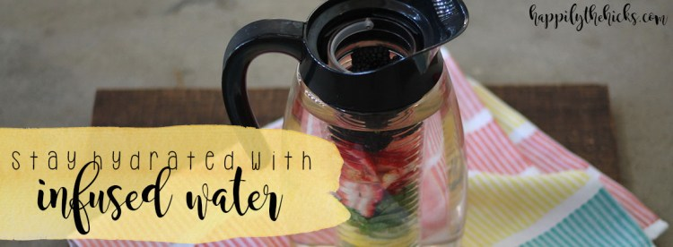 Infused Water | read more at happilythehicks.com