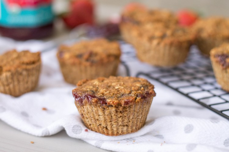 Jelly Filled Oatmeal Muffins | read more at happilythehicks.com