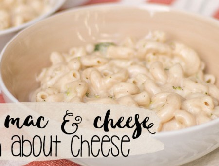 This healthier mac and cheese is perfect for meal prep and easy to whip together for dinner. | read more at happilythehicks.com