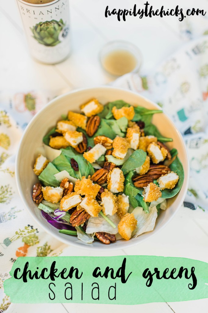Easy chicken and greens salad! | read more at happilythehicks.com