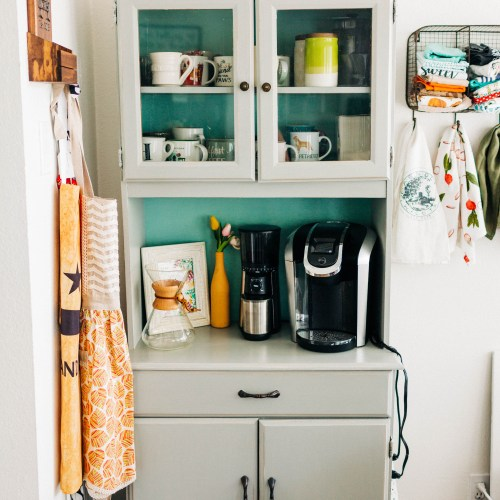 How to build an EPIC coffee bar! | read more at happilythehicks.com