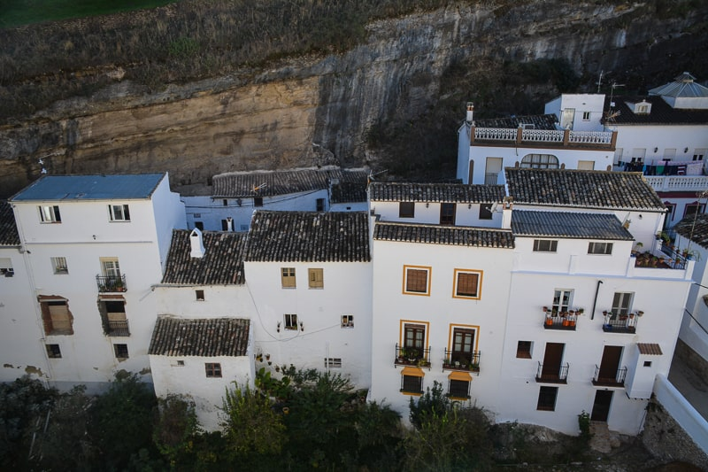 Houses deep in the gorge