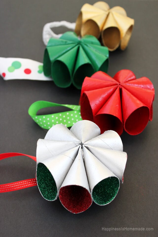 Mid-Century Inspired Modern Mini Wreath Ornaments