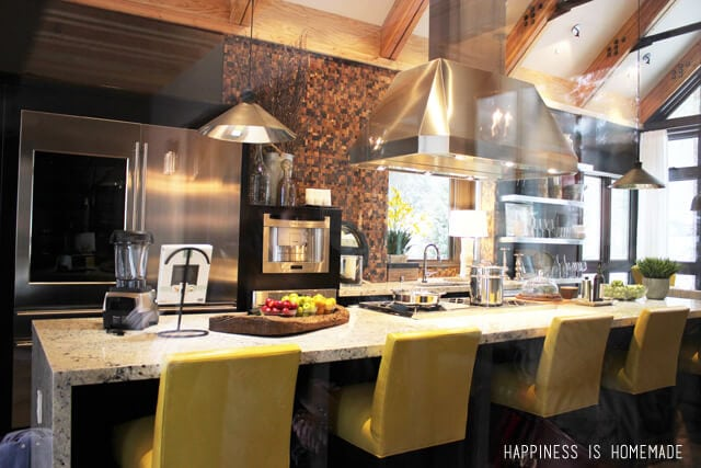Kitchen Bar at the 2014 HGTV Dream Home