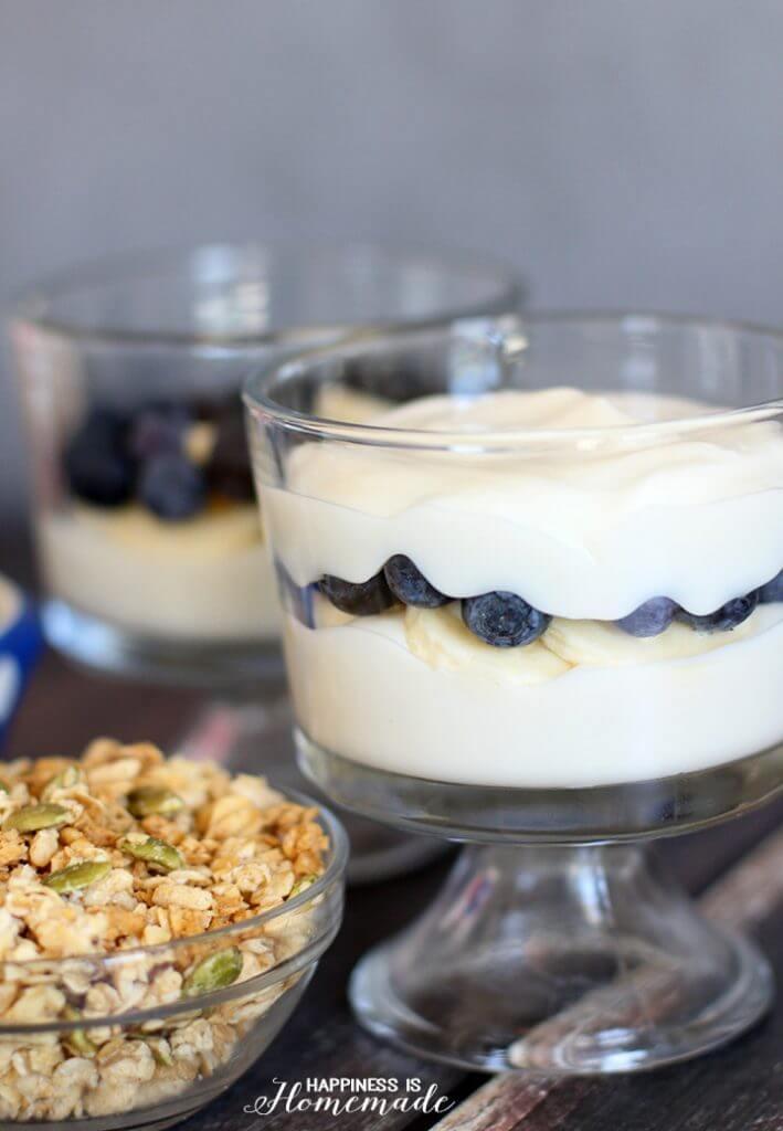 Banana Blueberry Breakfast Parfaits