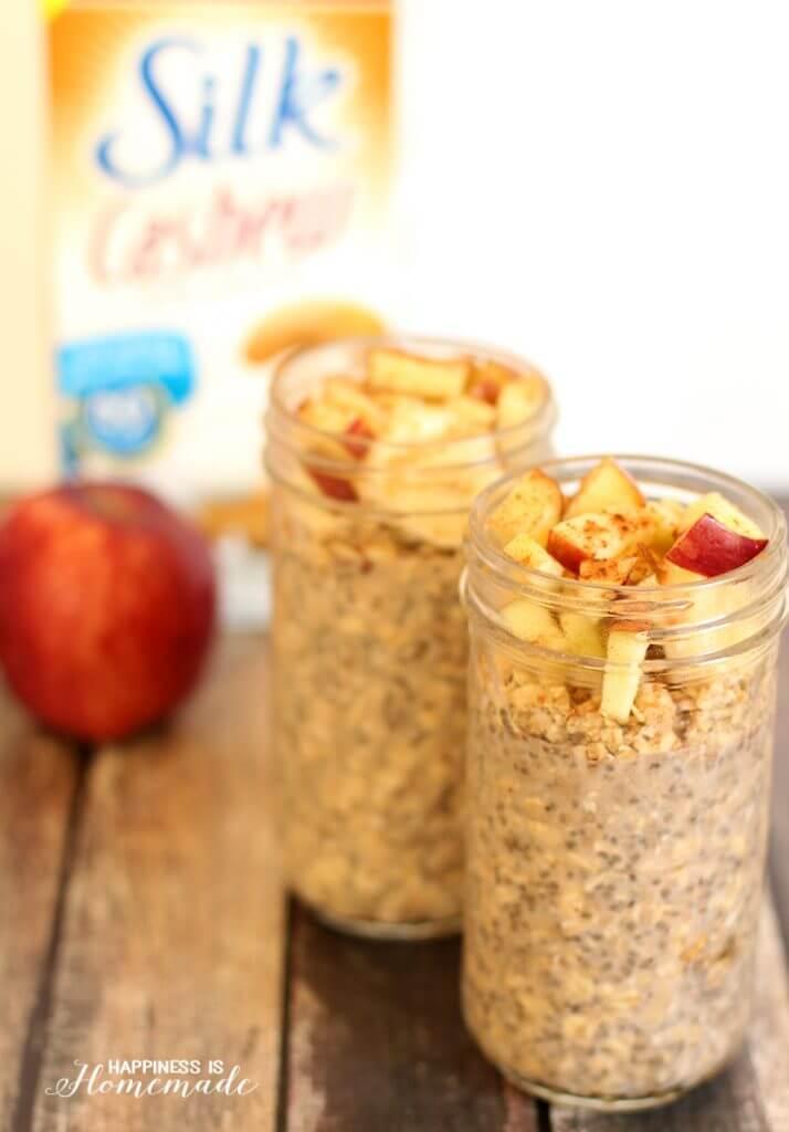 Quick and Easy Overnight Apple Cinnamon Chia Oats Recipe