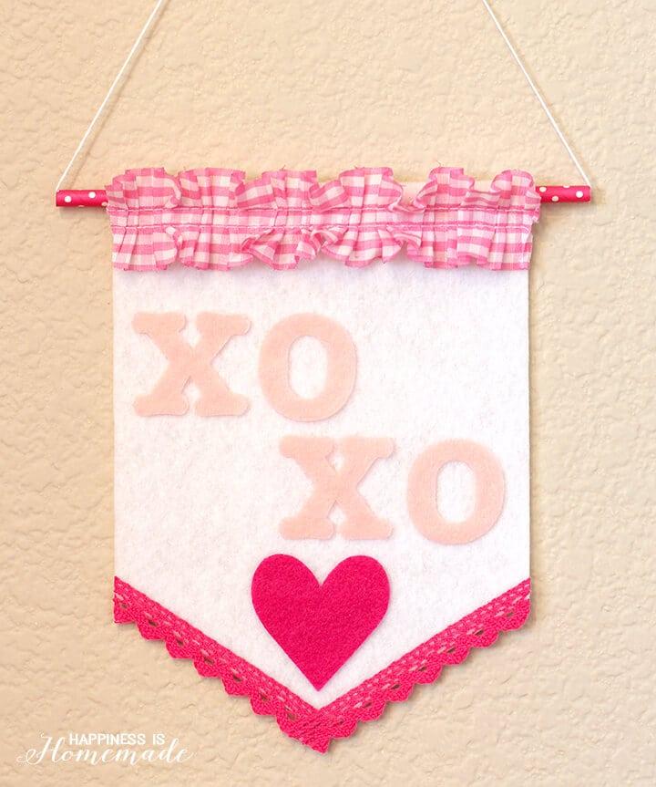XOXO Valentines Banner