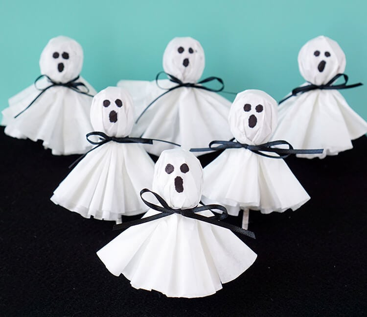 easy-halloween-ghost-pops-lollipops