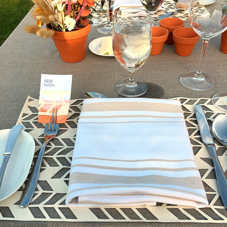 table-setting-at-michaels-makers-dinner