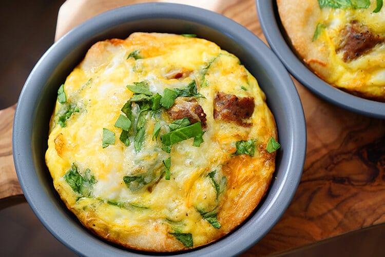 deep-dish-breakfast-pizza
