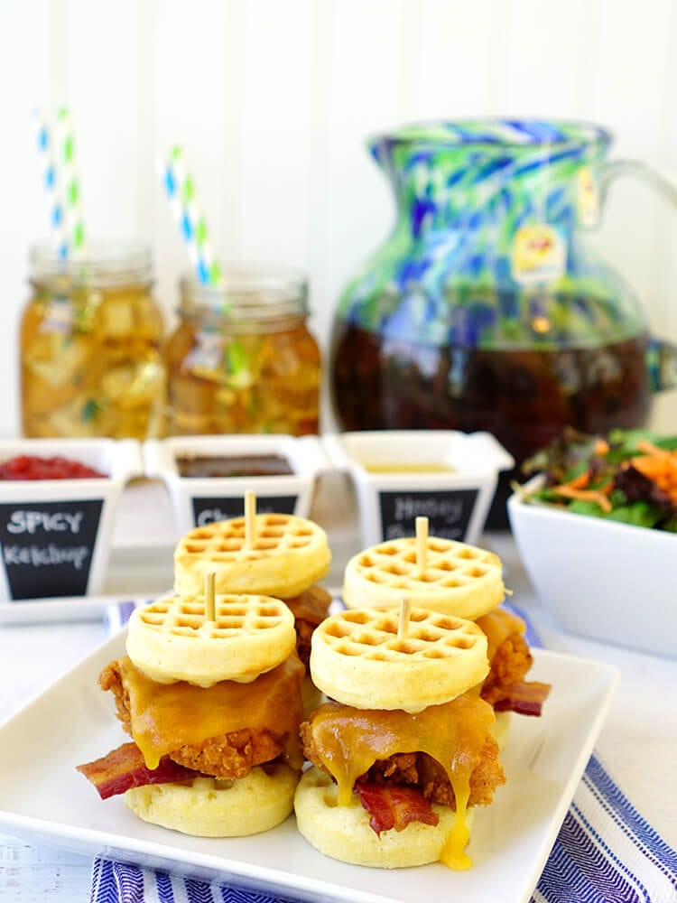 family-dinner-chicken-and-cornbread-waffle-sliders-with-sweet-tea