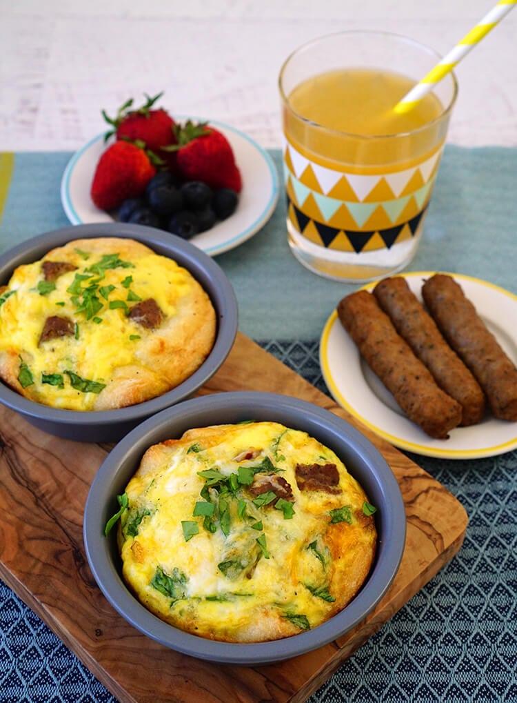 kids-cook-deep-dish-breakfast-pizzas