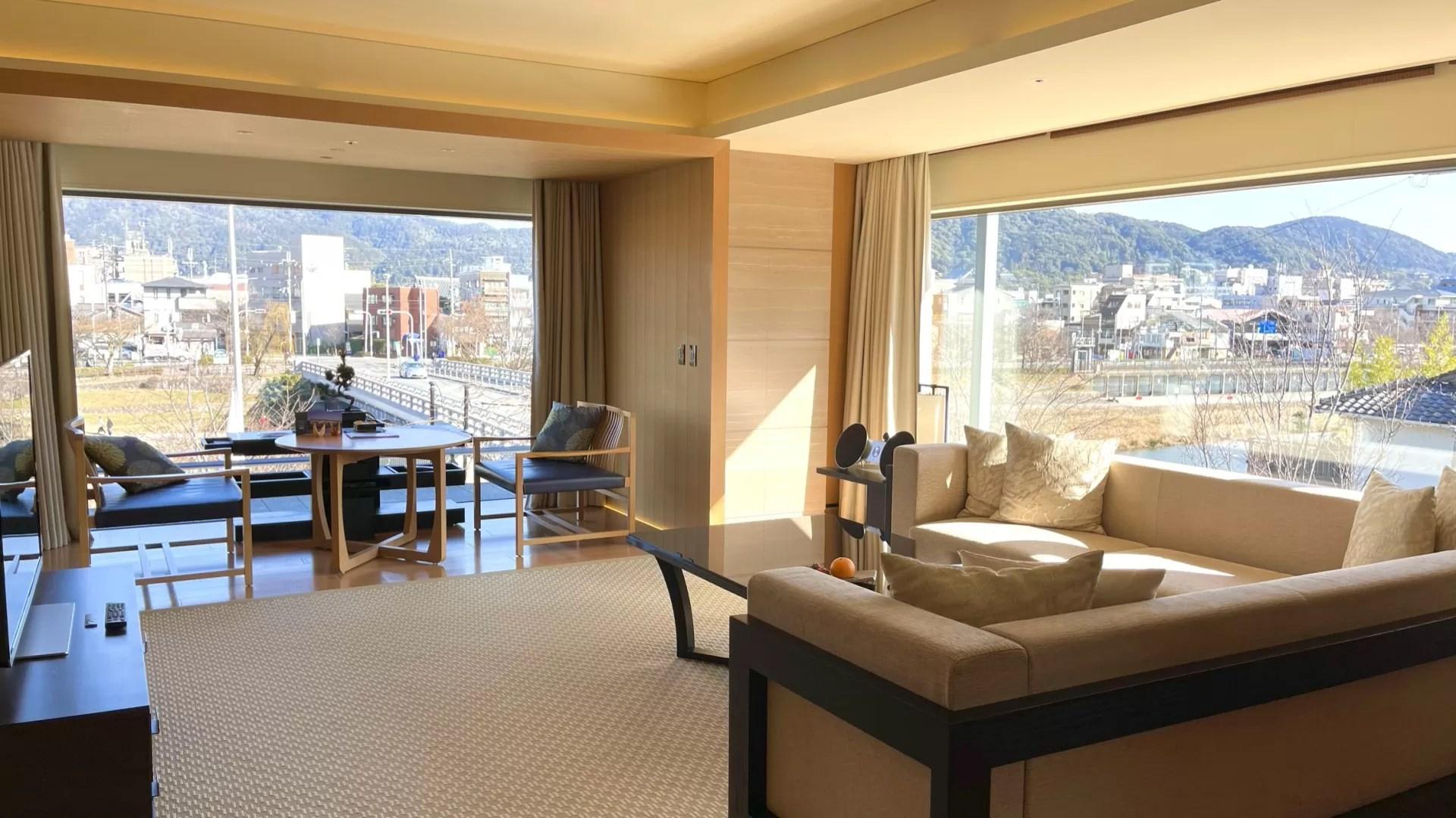 コーナースイート MINAMI宿泊記(リッツカールトン京都)|ポイント宿泊から約17万円のスイートにアップグレード