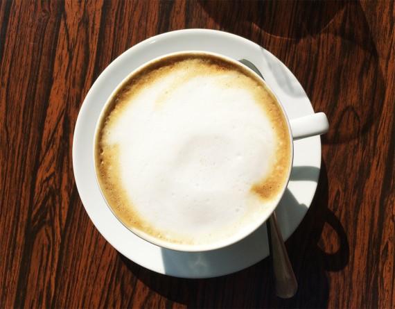 happy acorn koffietentjestest cappuccino pernikkel groningen