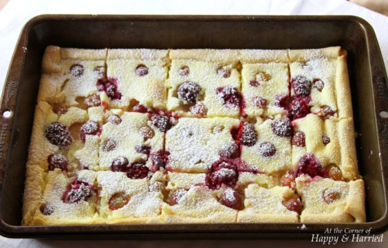 Rustic fruit tart with ricotta filling