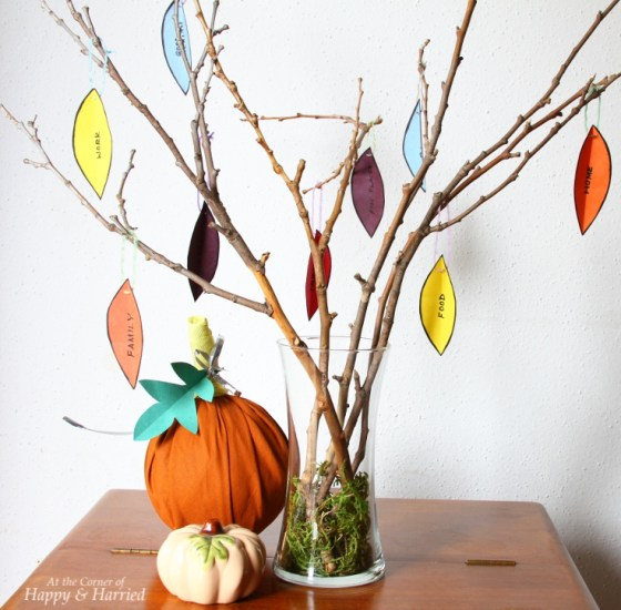 Thanksgiving Tree And Fabric Ball Pumpkin