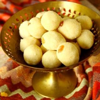 Rava / Sooji Ladoo {Sweet Semolina Balls}