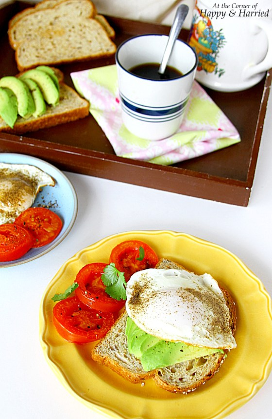Fried Egg & Avocado Toast Sandwich With & Charred Tomatoes