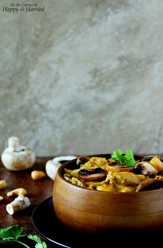 Chicken Mushroom Cashew Korma