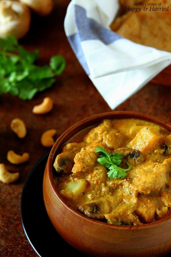 Mild, Aromatic Chicken Mushroom Korma