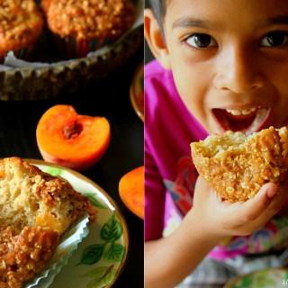 Fresh Peach Muffins {With A Crunchy Oatmeal Streusel}