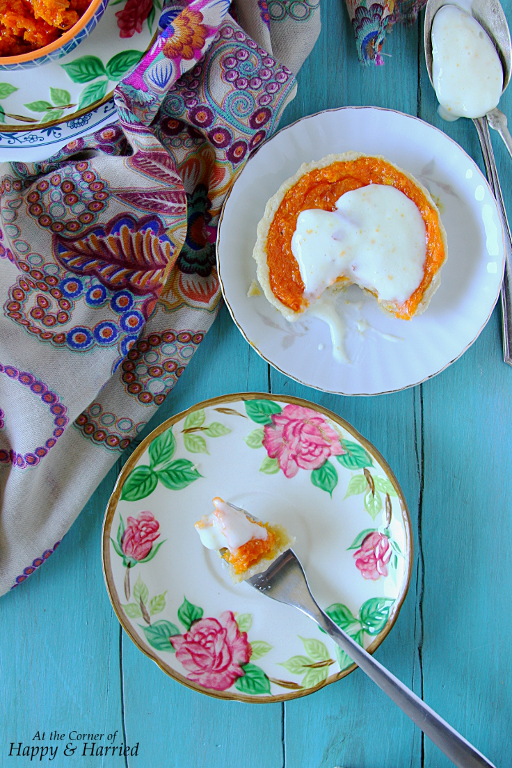 Mini Carrot Halwa and Custard Tarts