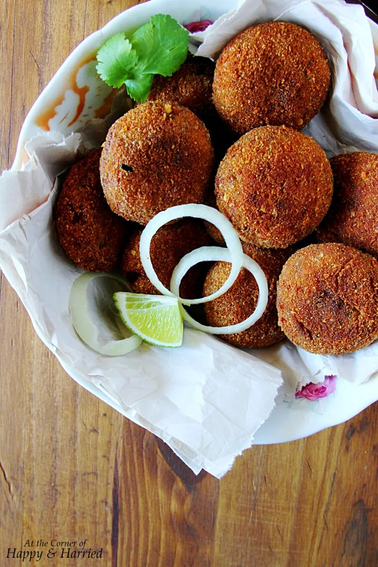 CHICKEN CUTLETS {Indian minced chicken croquettes}