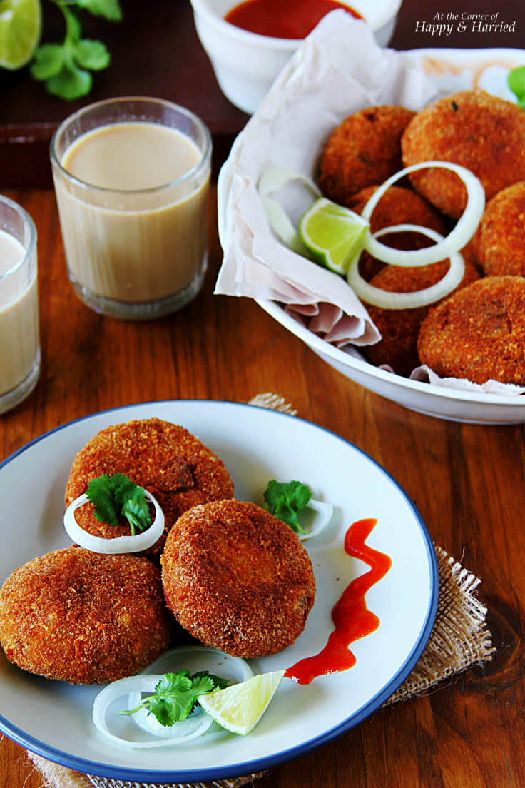 Spicy Crispy CHICKEN CUTLETS {Indian chicken croquettes}