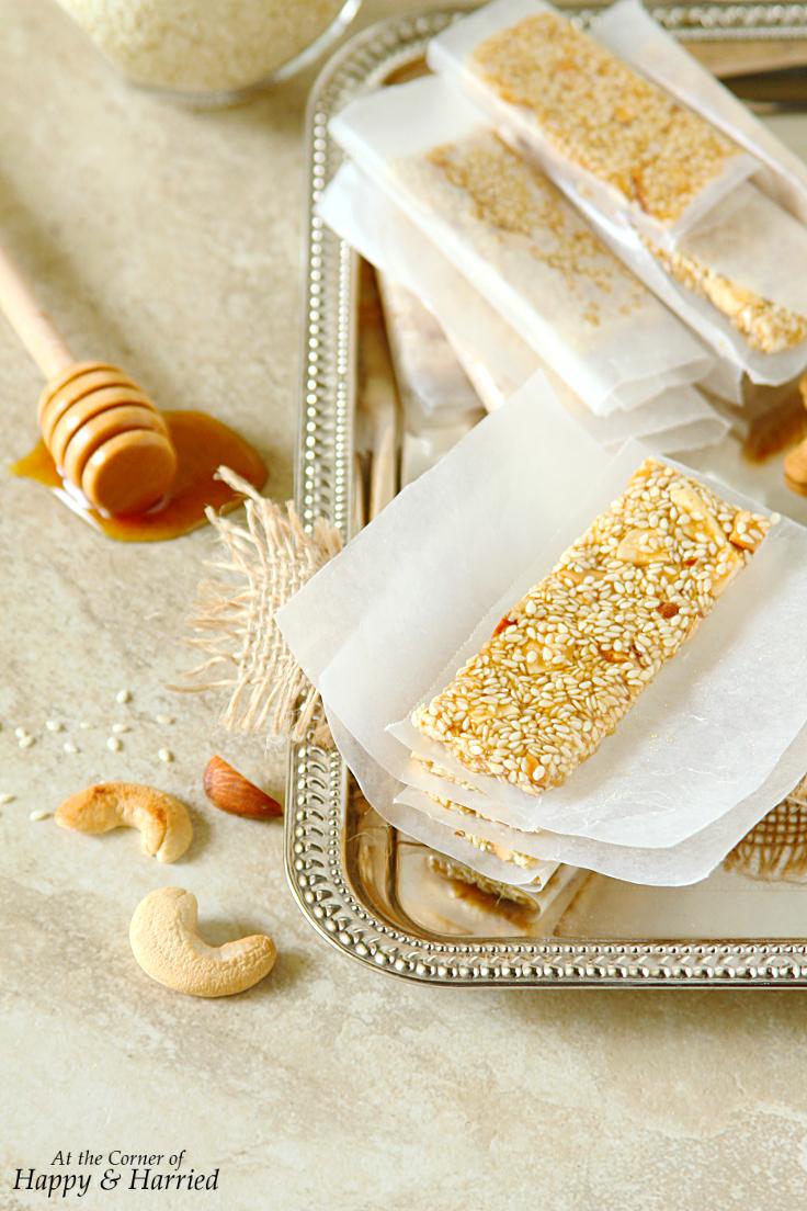 Pasteli {Greek Sesame, Nuts & Honey Bars}