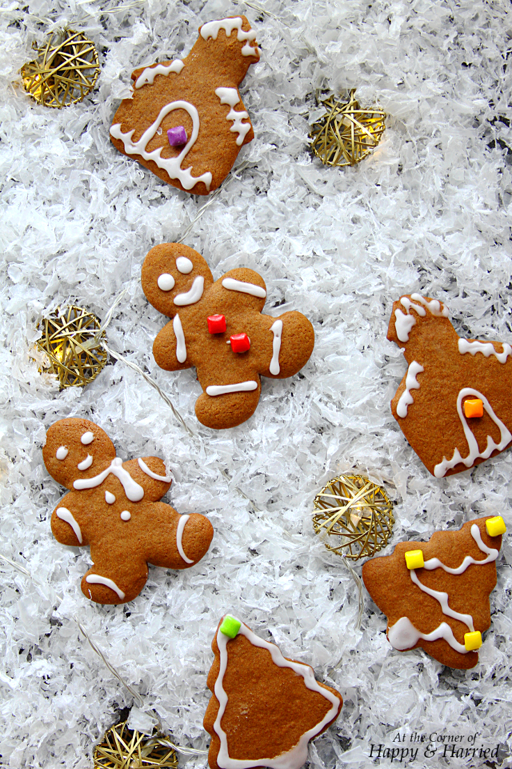 Christmas Cutout Cookies.Gingerbread Cutout Cookies